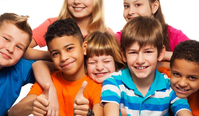 Groupe de 10 enfants et plus